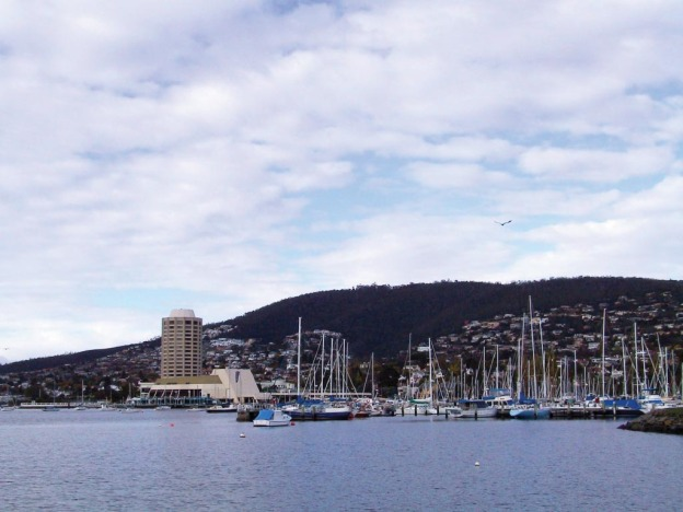 hobart-waterfront-and-marina-1024x768